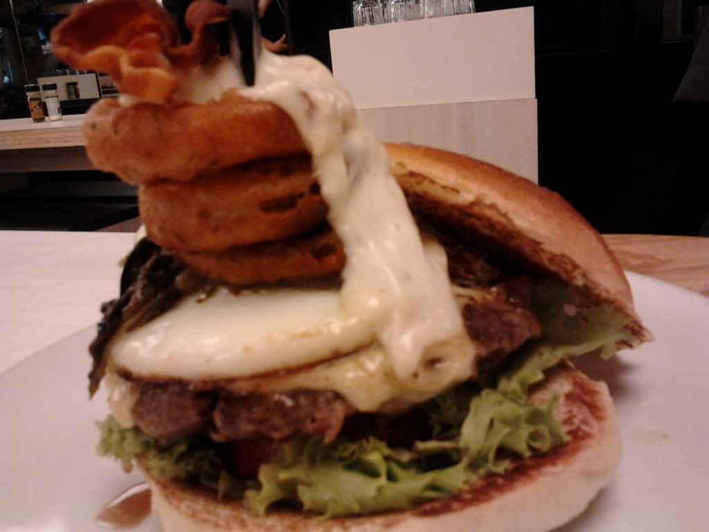 The Handburger 313@Somerset Orchard Road
