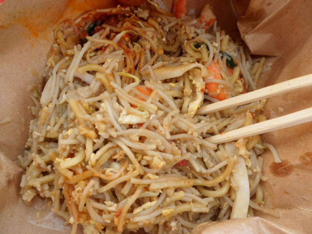 Local Hawker Fare – Hokkien Mee aka Fried Prawn Noodles