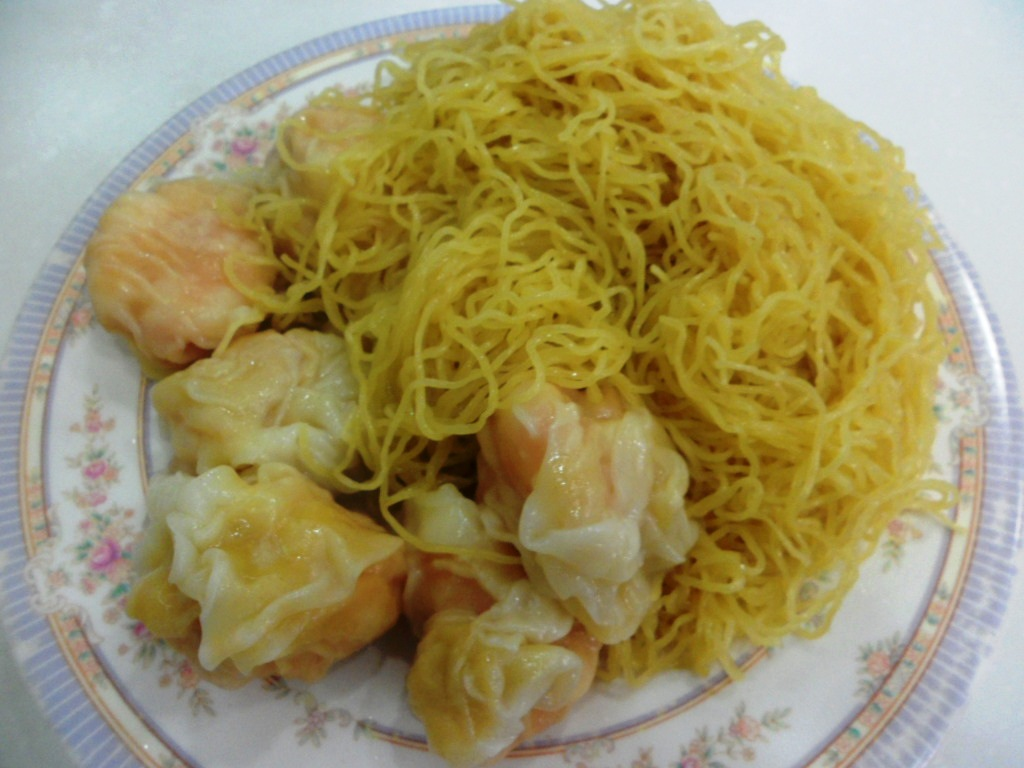 Mak Mun Kee 麦文记 Noodles Shop Best Wanton and Beef Noodles in Hong Kong