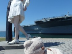 Unconditional Surrender Statue San Diego California
