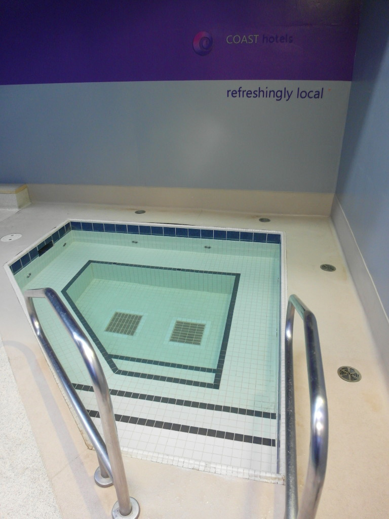 Hot Tub Denman Fitness & Pool Times Square Suites Hotel Vancouver