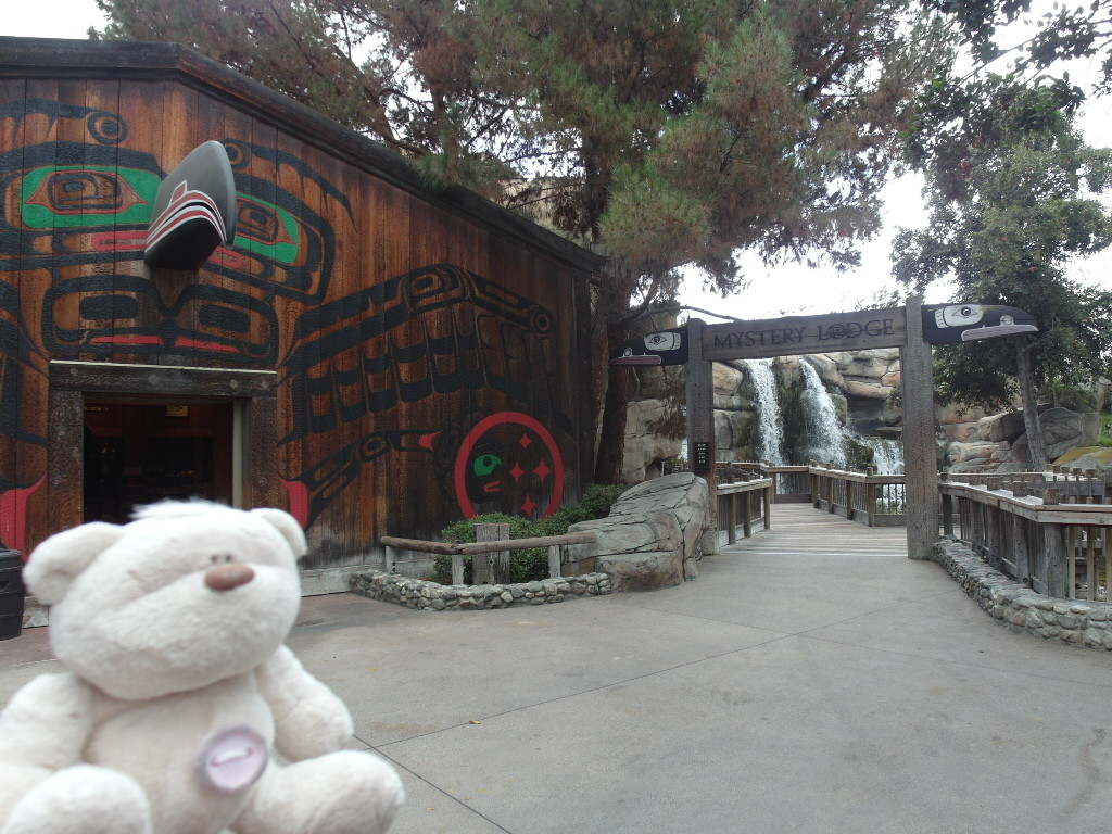Mystery Lodge Knott's Berry Farm