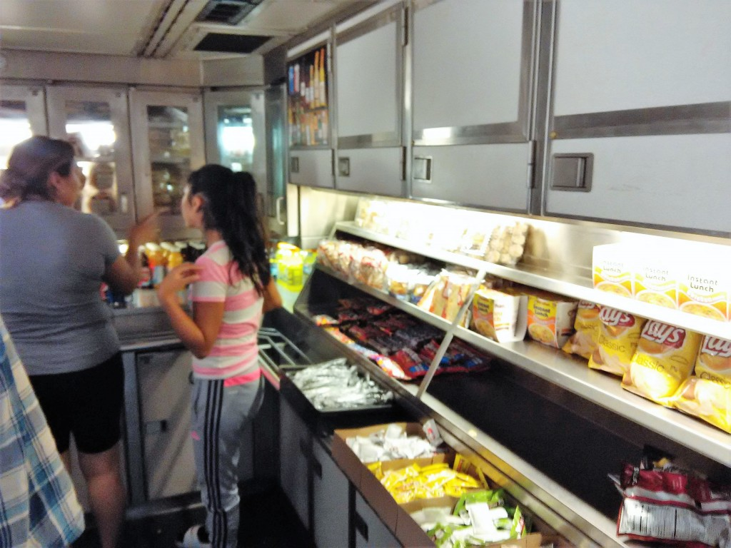 Snack Bar Amtrak California Zephyr