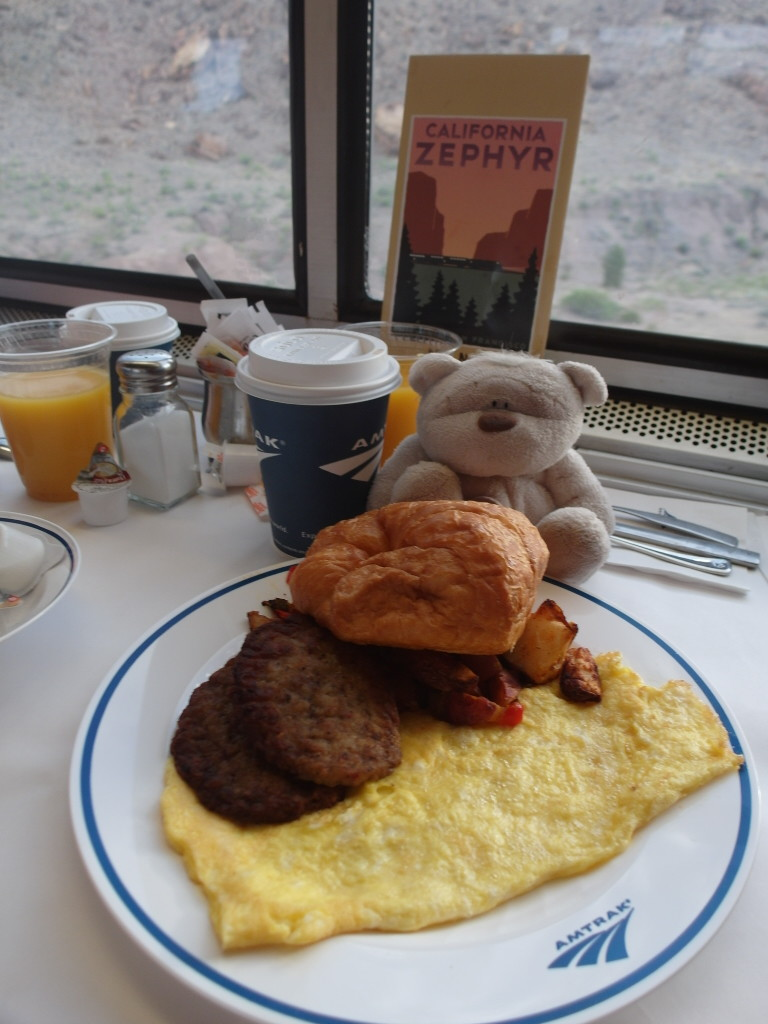 California Zephyr Breakfast - Omelet Selection with Pork Sausage