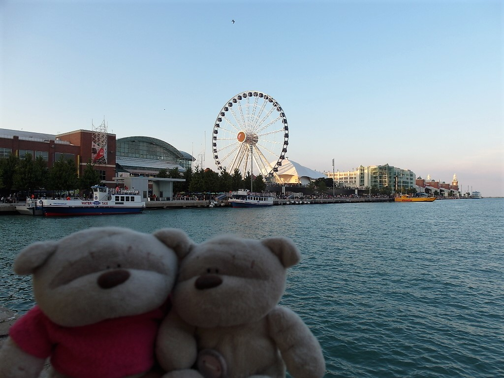 2bearbear @ Navy Pier Chicago