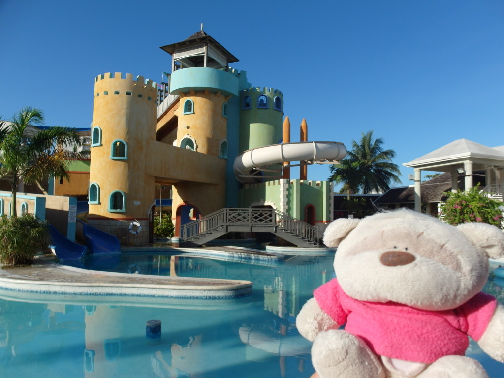 2bearbear @ Sunscape Splash Montego Bay Jamaica