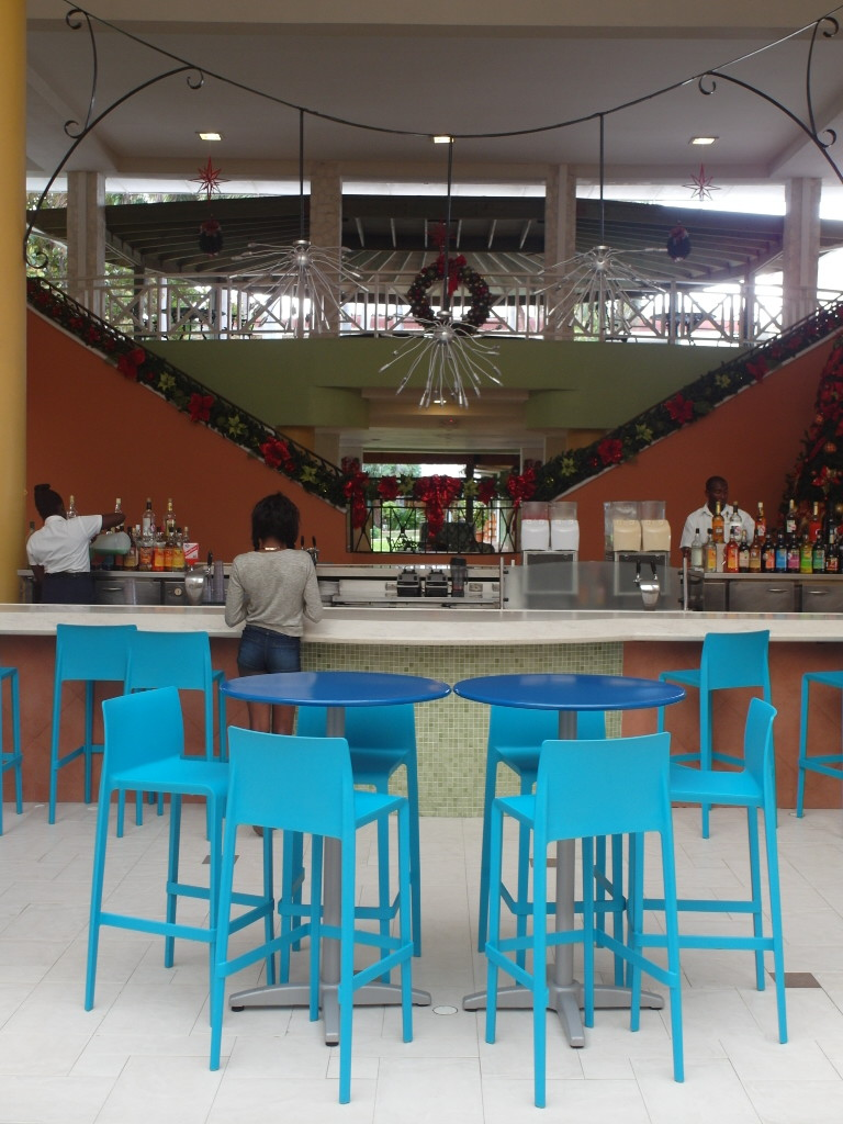 Lobby Bar of Montego Bay Holiday Inn Resort