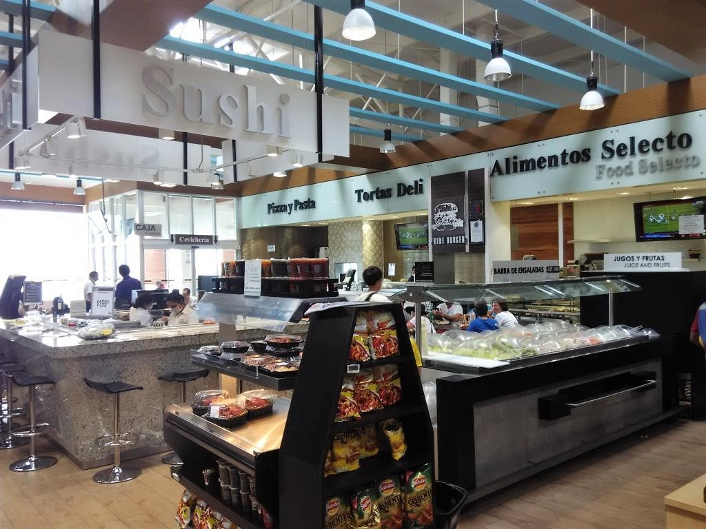 Food Court Selecto Supermarket Cancun