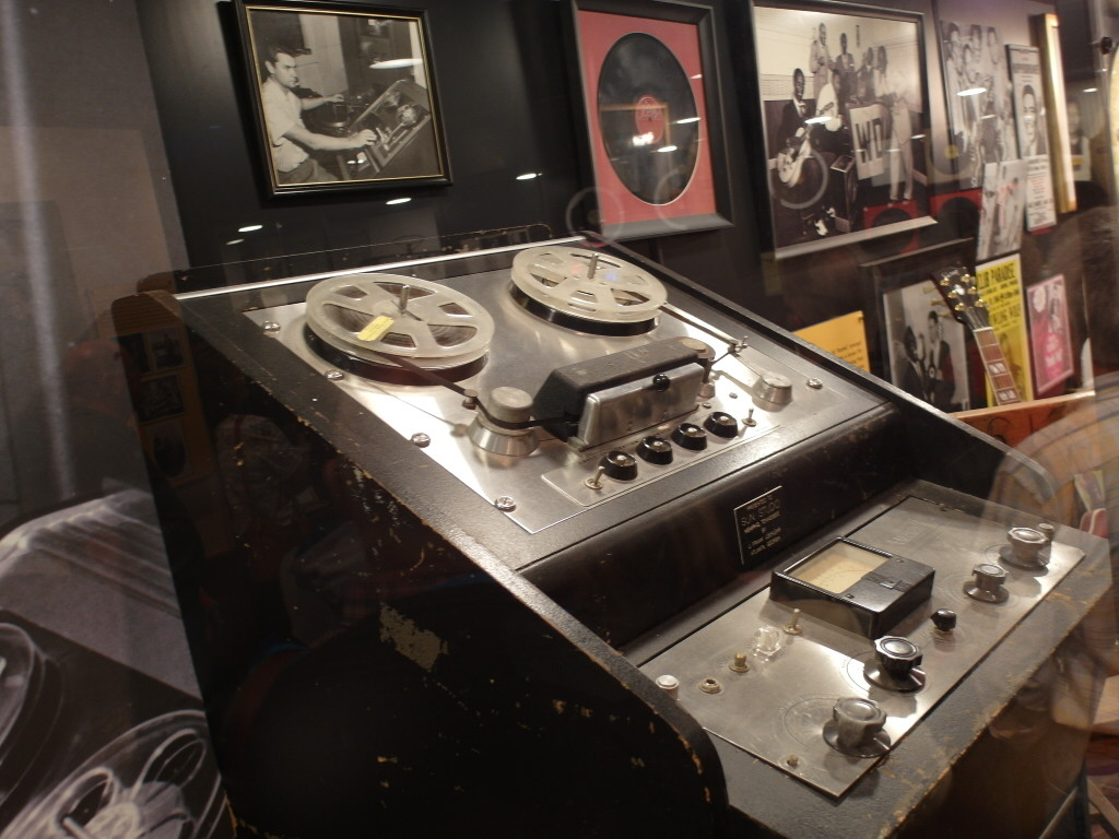 Recording Equipment that Sam Phillips used to start the Studio