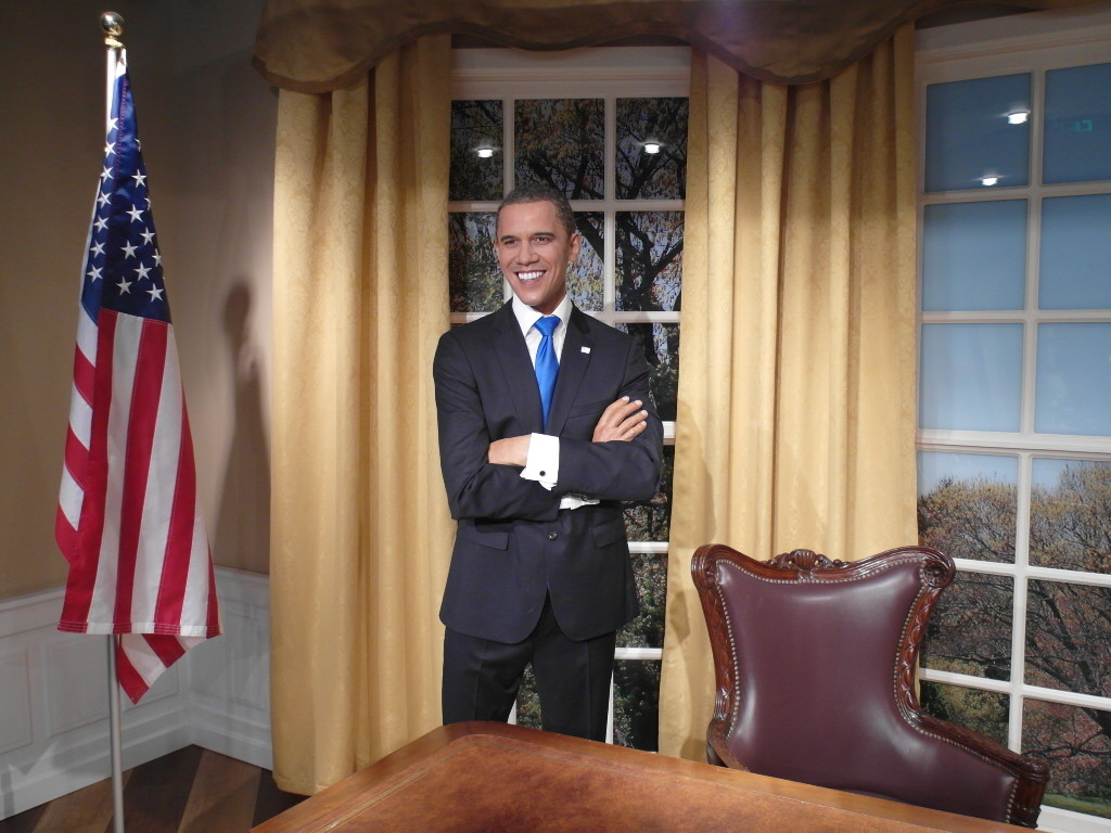 Barak Obama in the Oval Office