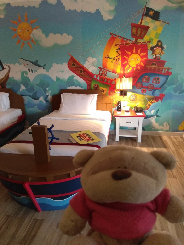 Family Suite Duplex - Pirates Themed Bedroom Level 1