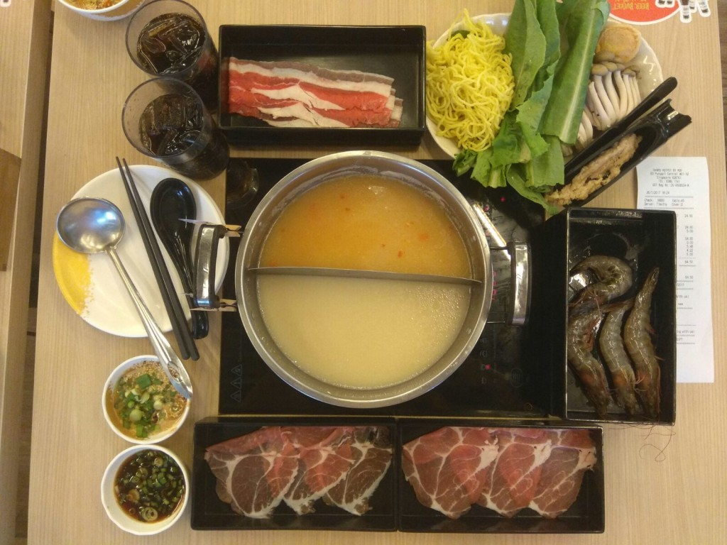 Is it Worth it to eat at Punggol Waterway Point Danro Collagen Hotpot Buffet (美人锅)?