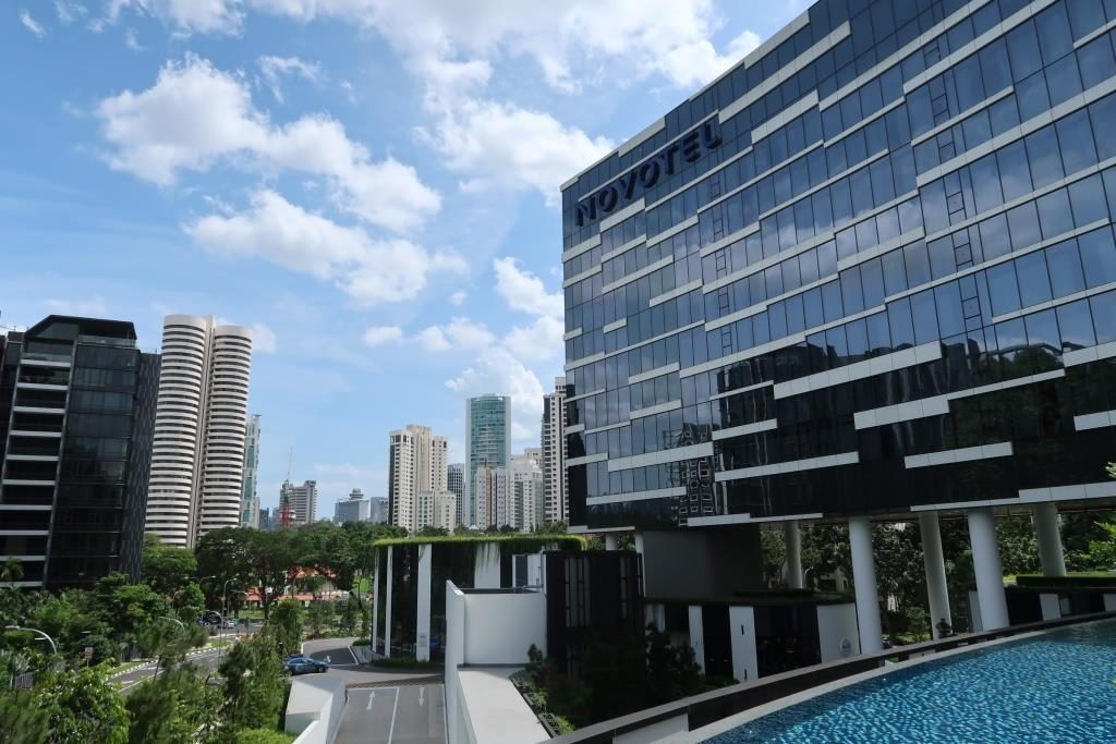 View from Infinity Pool of Novotel Singapore on Stevens