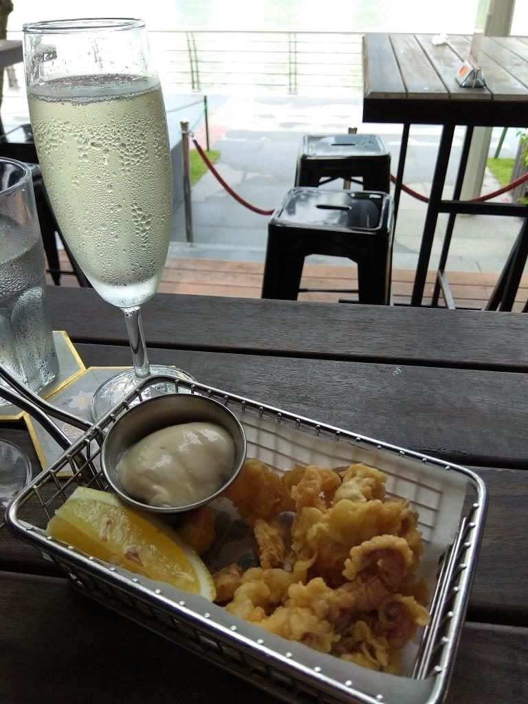 IMG 20180527 133941 768x1024 The Pelican Sunday Champagne Brunch Review: All You Can Drink & Eat by the Marina Bay!